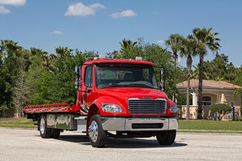 New Freightliner Medium Duty Trucks Available - Freightliner of Hawaii